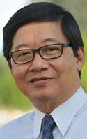 IHS Dean, Dr Zaw Wint
