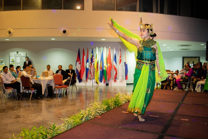 AMDS Cultural Night Performance